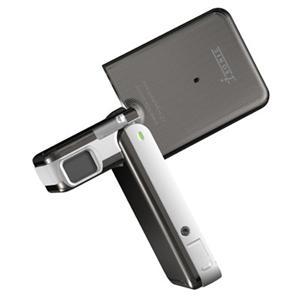 "Isonic DV-888 Digital Camcorder - 2.5"" LCD - CCD"